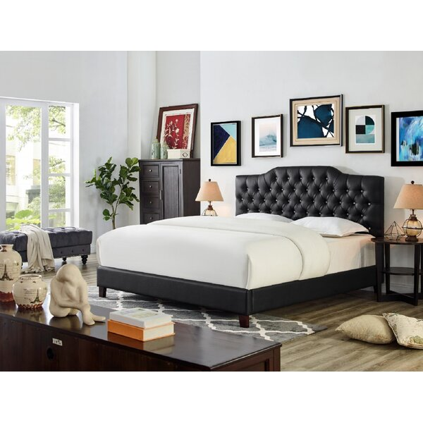 Leesburg Faux Leather Upholstered Platform Bed by Everly Quinn