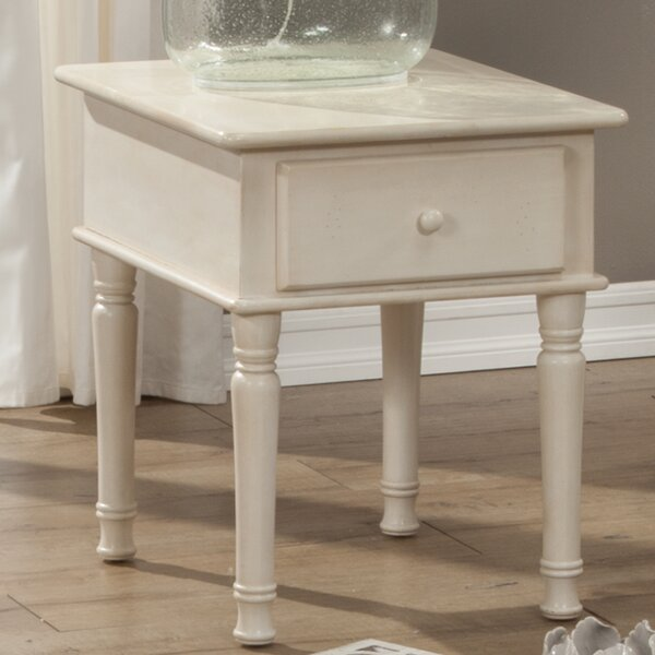 Kinsler Square End Table by Alcott Hill