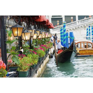 'Floral Shop with Gondola Ride' Photographic Print on Canvas by Northlight Seasonal