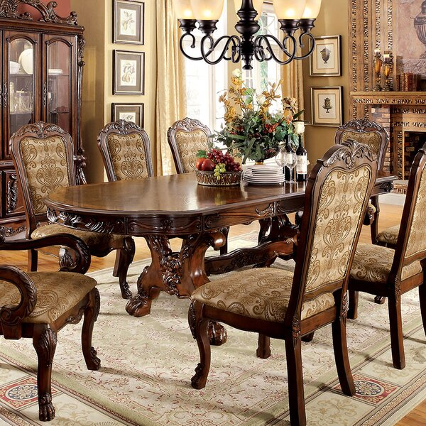 Helena Dining Table by A&J Homes Studio A&J Homes Studio