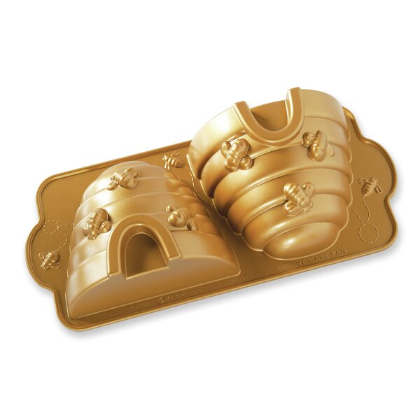 Novelty Beehive Cake Pan by Nordic Ware