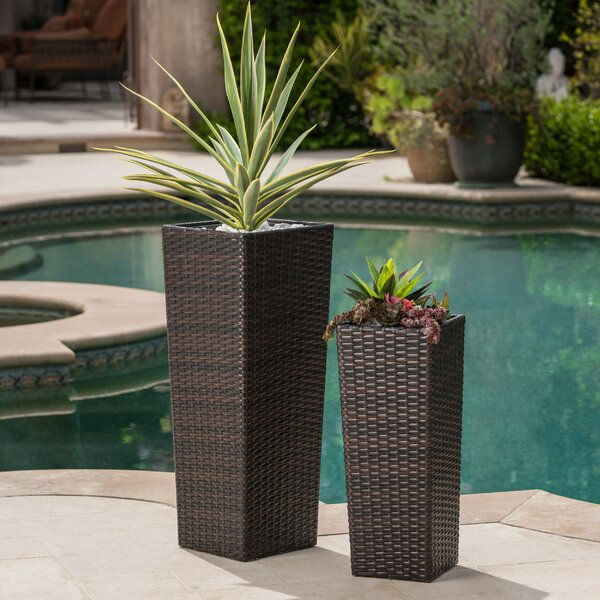 Decatur 2-Piece Pot Planter Set by Bay Isle Home