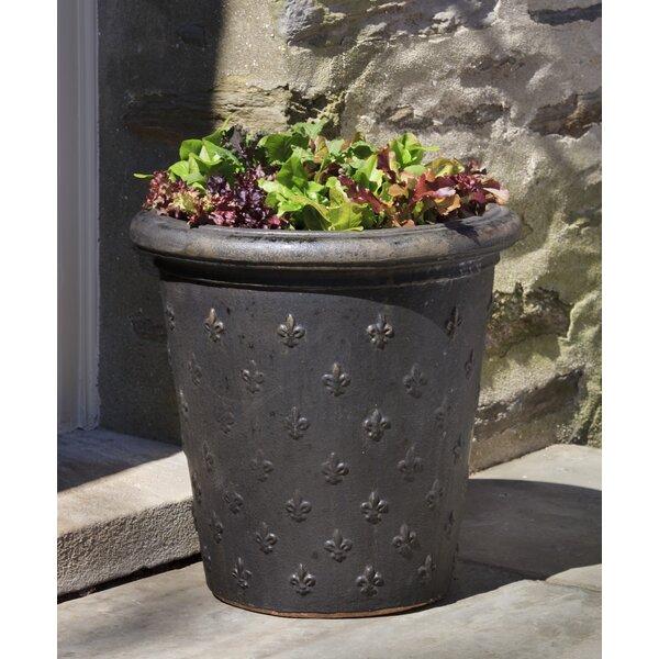 Isidoro Fleur De Lys 2 -Piece Terracotta Pot Planter Set by One Allium Way