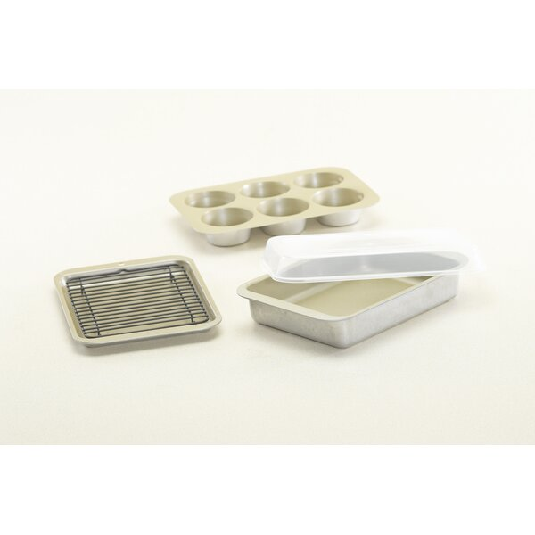 5 Piece Bakeware Set by Nordic Ware