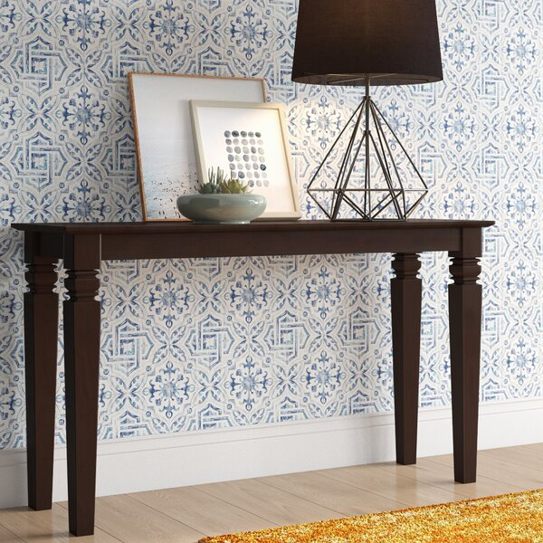 Review Lynn Console Table