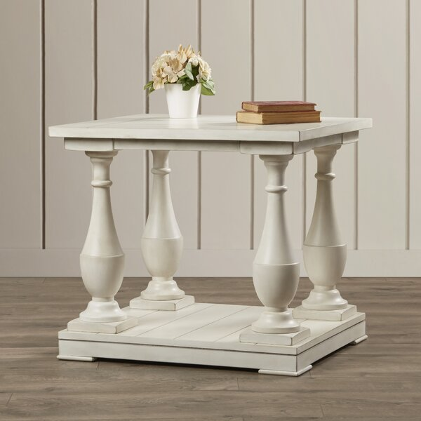 Warwick Sandalfoot End Table by Rosecliff Heights