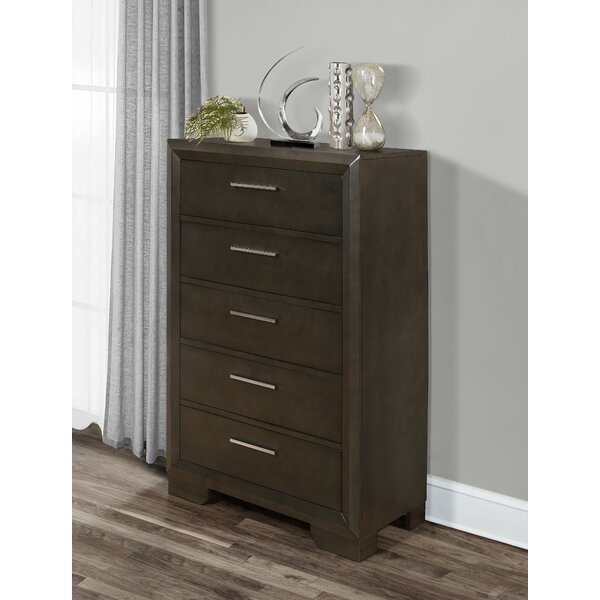 Erardo 5 Drawer Chest by Latitude Run