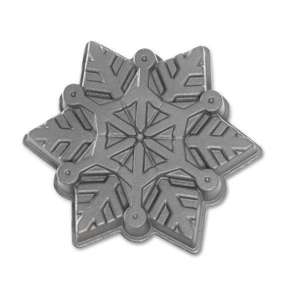 Snowflake Cake Pan by The Holiday Aisle