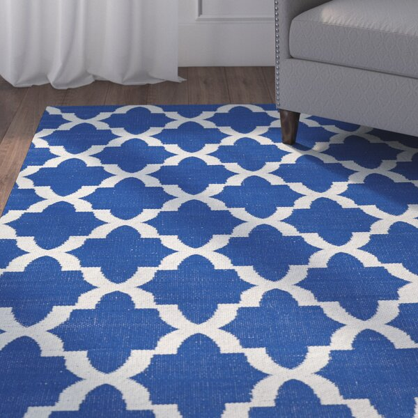 Tyesha Navy/Cream Indoor/Outdoor Area Rug by Winston Porter
