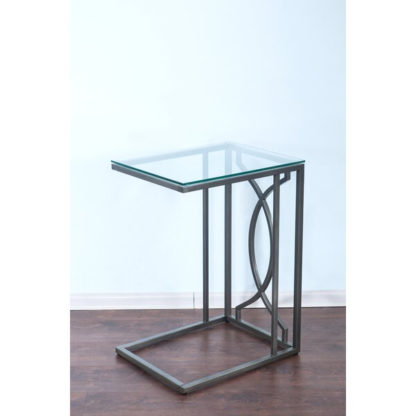 Botelho End Table By House Of Hampton
