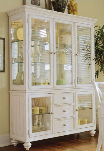 Bon Wheelock Lighted China Cabinet