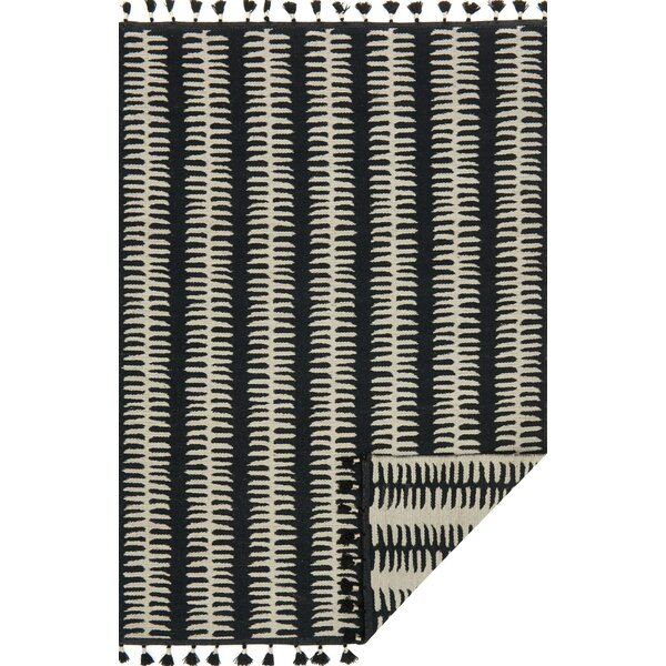 Pangburn Hand-Woven Black/Gray Area Rug by Union Rustic