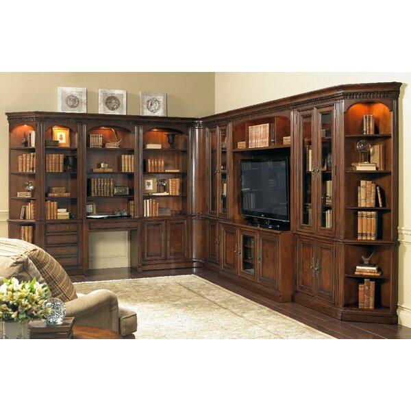 European Renaissance II 62 TV Stand by Hooker Furniture
