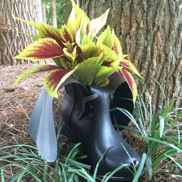 Boot Buddies Pot Planter by HomeStyles