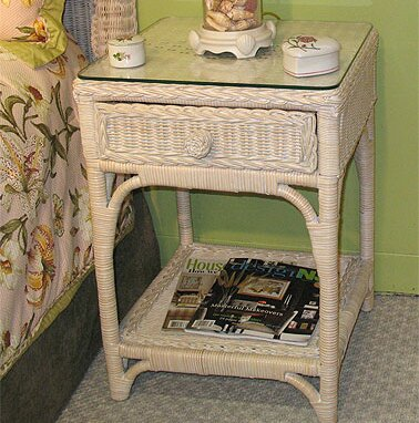 Diamond 1 Drawer Nightstand by Bay Isle Home