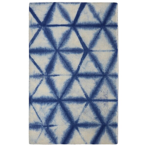 Freetown Speckle Diamond Contemporary Modern Blue/Off-White Area Rug by Bungalow Rose