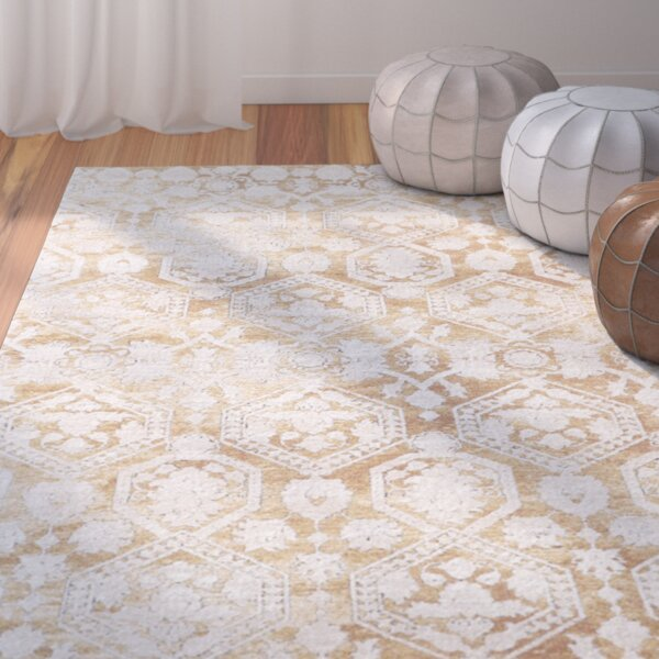 Phillipston Traditional Gold/Beige Area Rug by Bungalow Rose