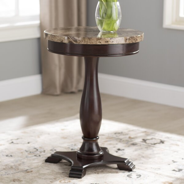 Chandler End Table by Alcott Hill