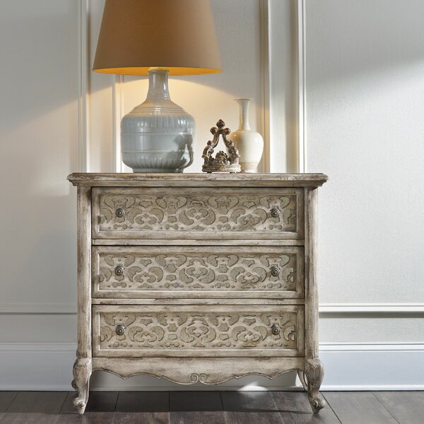 Chatelet 3 Drawer Bachelors Chest by Hooker Furniture