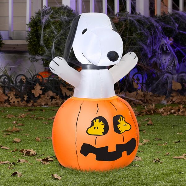 Snoopy In Pumpkin with Woodstock Inflatable by The Holiday Aisle