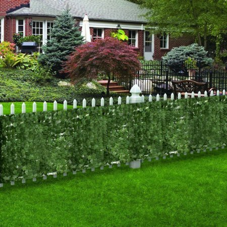 Expandable Artificial Leaf Privacy Fencing by Zeny