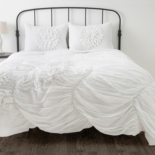 Charesa Comforter Set by Wildon Home ®