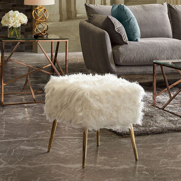 Audrey Ottoman by Diamond Sofa