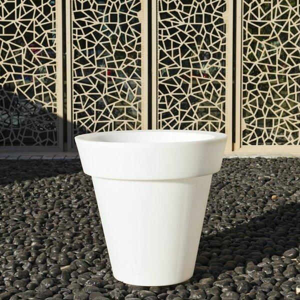 Gota Polyethylene Pot Planter by Smart & Green