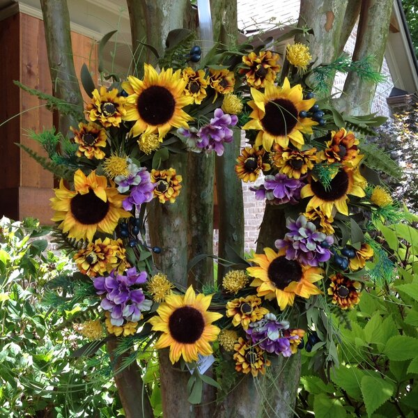 24 Sunflower Wreath by August Grove