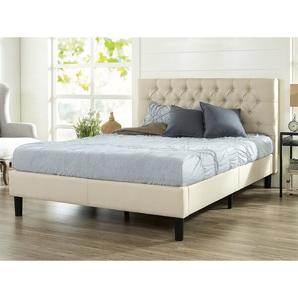 Hoffmann Tufted Upholstered Platform Bed by Laurel Foundry Modern Farmhouse