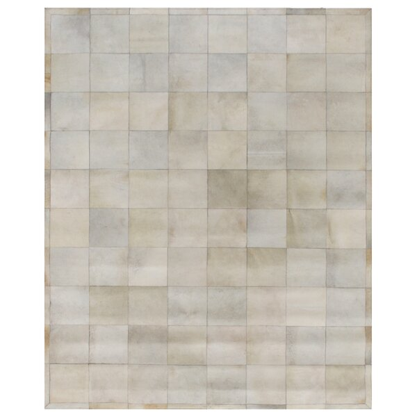 Natural Hide Hand-Woven Cowhide Beige Area Rug by Exquisite Rugs