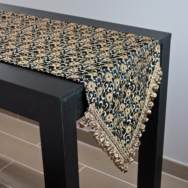 Fairmont Table Runner by Sherry Kline