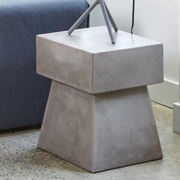 Gesa Outdoor Accent Stool by 17 Stories