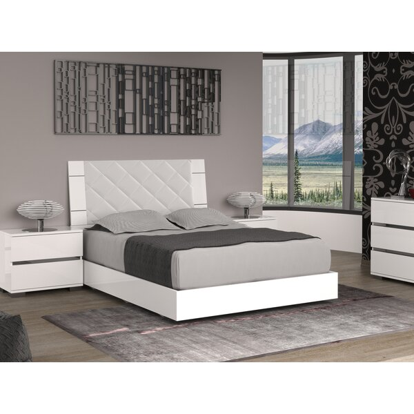 Diamanti Upholstered Platform Bed by Casabianca Furniture