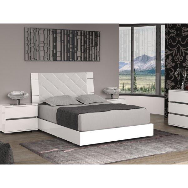 Diamanti Upholstered Platform Bed by Casabianca Furniture