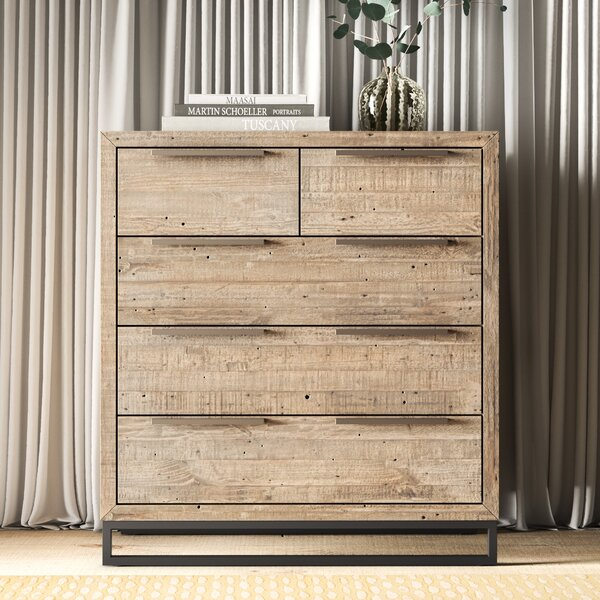 Glenda 5 Drawer Dresser by Greyleigh