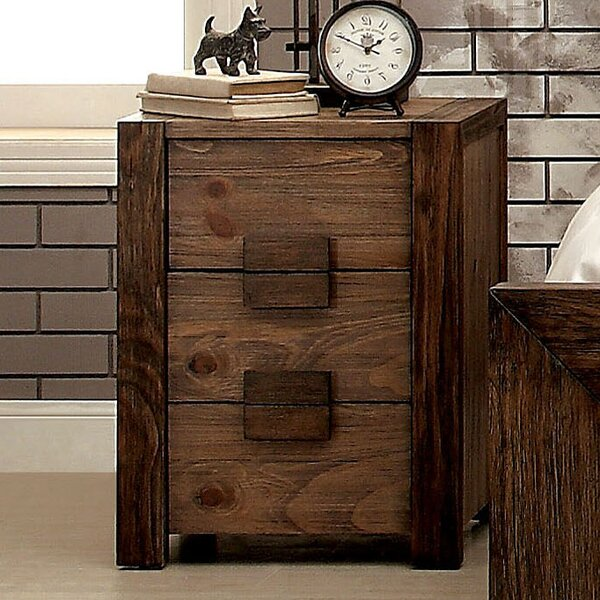 Elliston 3 Drawer Nightstand By Loon Peak by Loon Peak Sale
