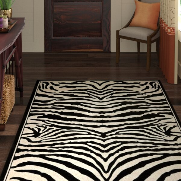 Lakewood Black/White Area Rug by World Menagerie