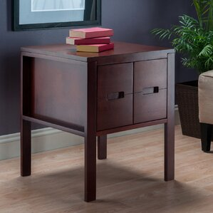 Jelks End Table by Latitude Run