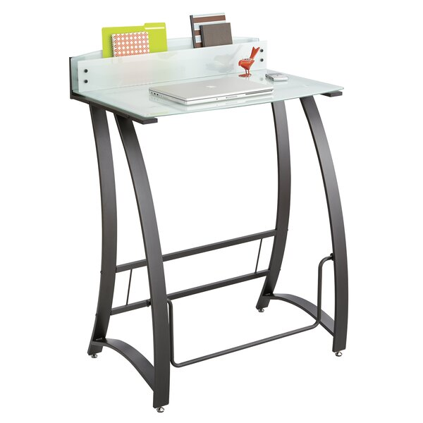 Xpressions Standing Desk by Safco Products Company