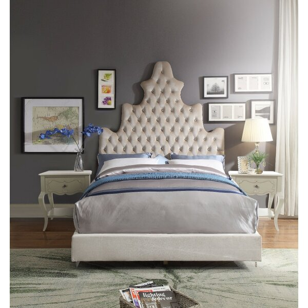 Lindquist Stylish Queen Upholstered Platform Bed by Rosdorf Park