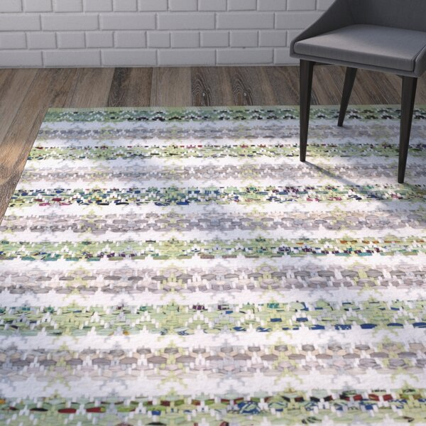 Ingleside Hand-Woven Green/Gray Area Rug by Wrought Studio