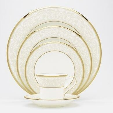 White Palace Bone China 20 Piece Dinnerware Set, Service for 4 by Noritake