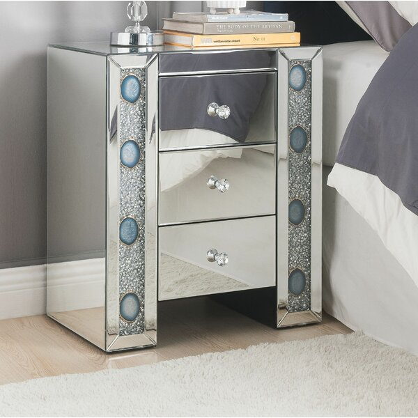 Escolta 3 Drawer Nightstand by Rosdorf Park