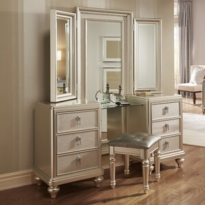 Fanchon Vanity Set with Mirror by Willa Arlo Interiors