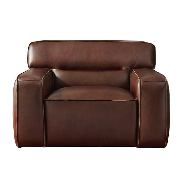 Review Myriam Armchair