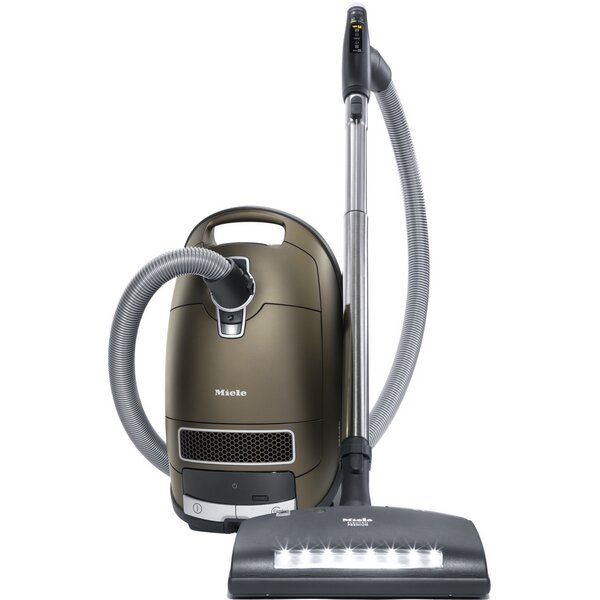 Complete C3 Brilliant Vacuum Cleaner by Miele