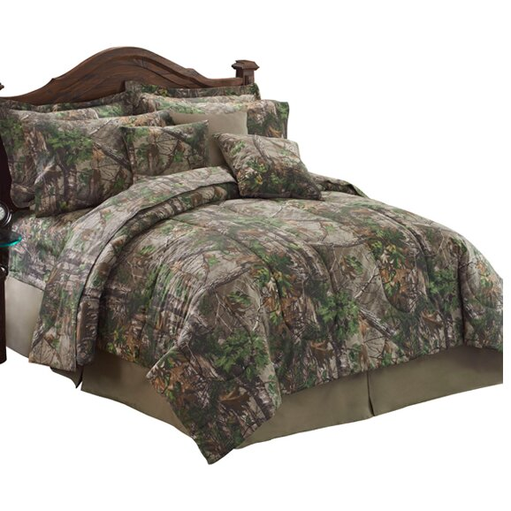 Xtra Green Comforter Set by Realtree Bedding
