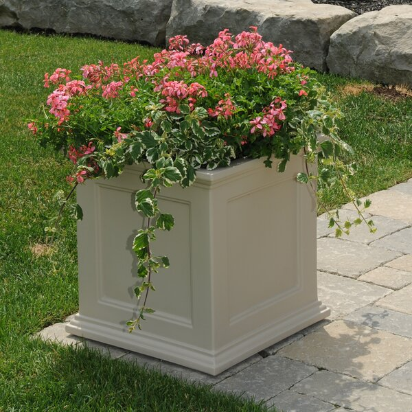 Fairfield Plastic Planter Box by Mayne Inc.