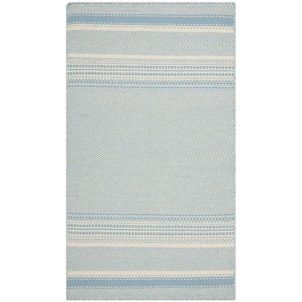 Kilim Hand-Woven Wool Light Blue/Ivory Area Rug by Safavieh